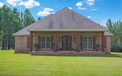 Home For Sale in Sumrall!  489 Lott Town Rd